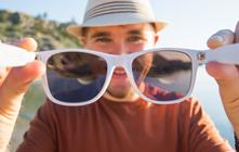 Gafas de sol publicitarias